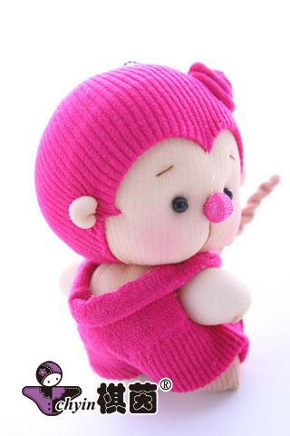 再局部胶粘,简易微缝,就这样极简速成可爱娃娃.
